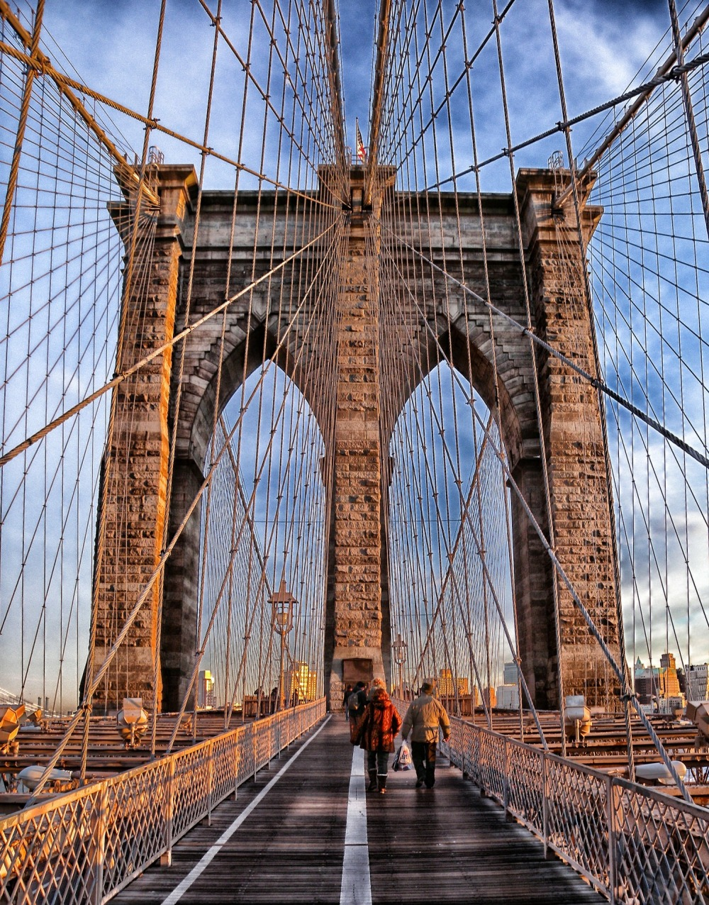 brooklyn-bridge-105079_1920.jpg
